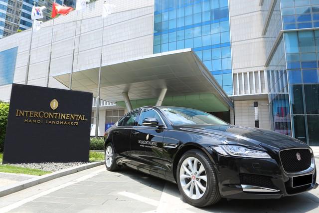 Jaguar Việt Nam chính thức bàn giao lô xe cao cấp cho Intercontinental Hanoi Landmark72 - Ảnh 2.