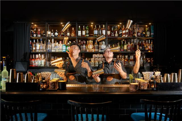 Thưởng thức âm nhạc trên sky bar – Xu hướng trải nghiệm mới - Ảnh 3.
