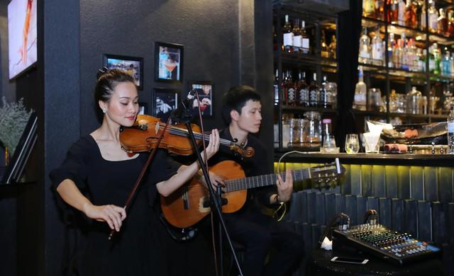 Thưởng thức âm nhạc trên sky bar – Xu hướng trải nghiệm mới - Ảnh 7.