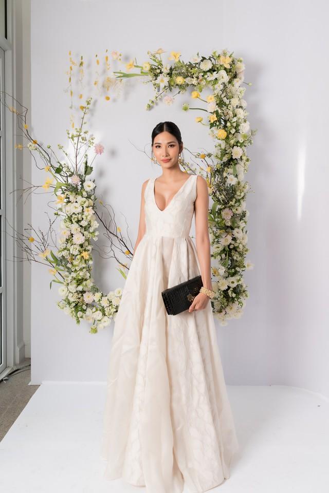 H'hen Nie, Nhã Phương và dàn khách mời tên tuổi xinh đẹp rạng ngời tham dự triển lãm cưới cao cấp của PHUONG MY - ảnh 10