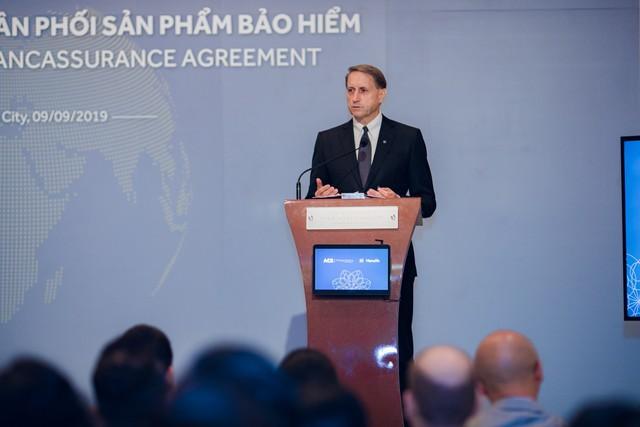 Manulife Việt Nam mở rộng hợp tác phân phối bảo hiểm qua ngân hàng với ACB - Ảnh 2.