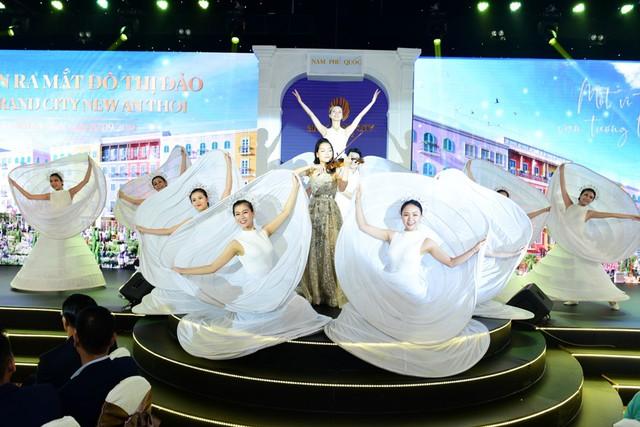 Ra mắt đô thị đảo tiên phong ở Phú Quốc thu hút hàng trăm nhà đầu tư - Ảnh 1.