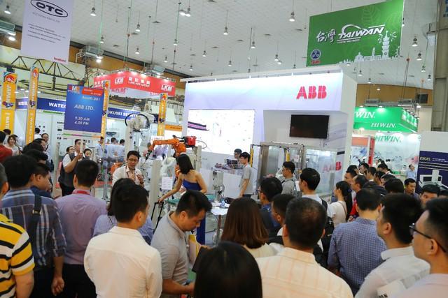 10.000 khách tham quan tìm thấy cơ hội kinh doanh tại VME 2019 - Ảnh 1.