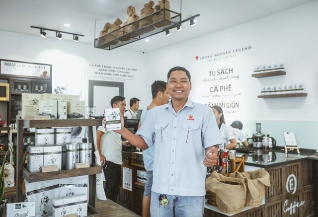 Làn sóng bùng nổ cửa hàng Trung Nguyên E-Coffee với phí nhượng quyền 0 đồng - Ảnh 2.