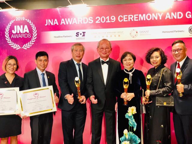 Chủ tịch PNJ – Cao Thị Ngọc Dung người Việt Nam đầu tiên được JNA vinh danh người Trọn đời cho ngành kim hoàn châu Á - Ảnh 2.