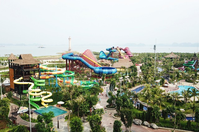 Địa ốc Quảng Ninh: Dừng quy hoạch khu đô thị, dòng tiền tiếp tục dồn mạnh về BĐS du lịch - Ảnh 1.
