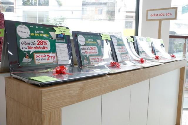 Giảm sốc đến 30% nhân dịp FPT Shop khai trương trung tâm laptop hàng đầu Việt Nam - ảnh 2