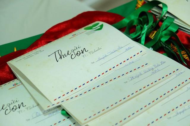 Học sinh xúc động nhận thư tay từ cô hiệu trưởng - ảnh 5