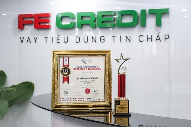FE Credit ghi dấu thêm 3 giải thưởng tại lễ trao giải CMO Asia 2019 - Ảnh 1.