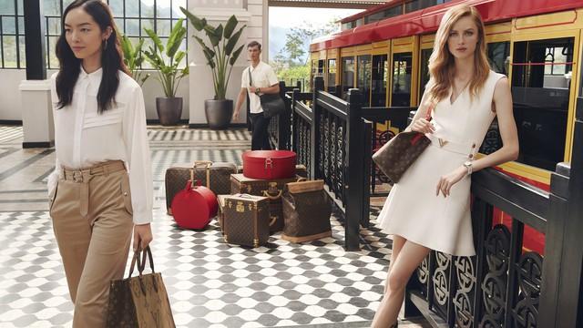 Đi tìm con tàu đỏ đẹp lạ kỳ trong những shoot hình bộ sưu tập mới của Louis Vuitton - Ảnh 1.