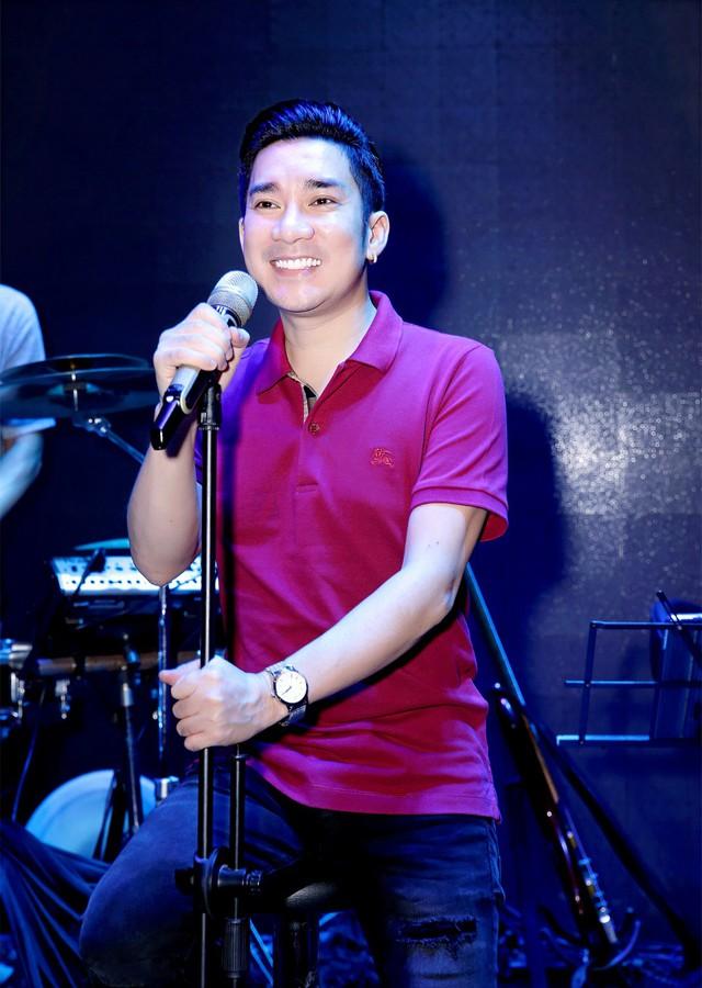 """Ca sĩ Quang Hà: Với nghệ sĩ, đẹp cũng là trách nhiệm"""" - Ảnh 1."""
