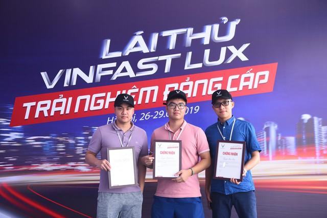 Hàng nghìn lượt khách phấn khích lái thử xe VinFast Lux tại Hà Nội - Ảnh 13.