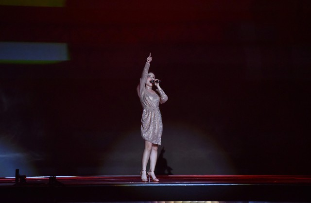 Sơn Tùng M-TP và dàn sao khủng quẩy tưng bừng tại SVĐ Mỹ Đình - ảnh 8