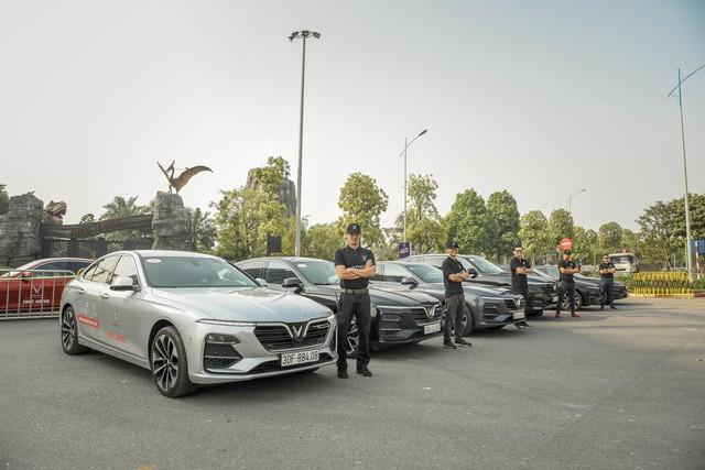 Hàng nghìn lượt khách phấn khích lái thử xe VinFast Lux tại Hà Nội - Ảnh 6.