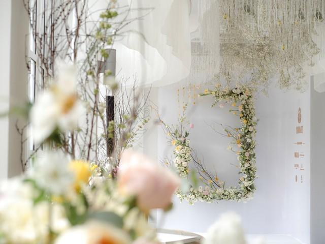 Hé lộ không gian thần tiên mộng ảo, chứa đựng các thiết kế cưới đẳng cấp của Phương My - ảnh 2