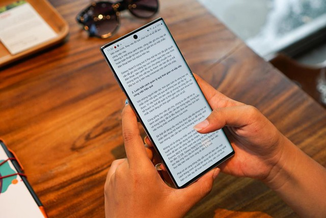 Ngại mang laptop to nặng sao không thử Galaxy Note10 - Ảnh 2.