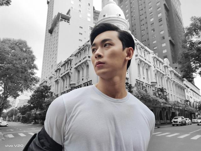 Chàng trai chung tình Khánh Ngô lột xác trong bộ ảnh mới - Ảnh 3.