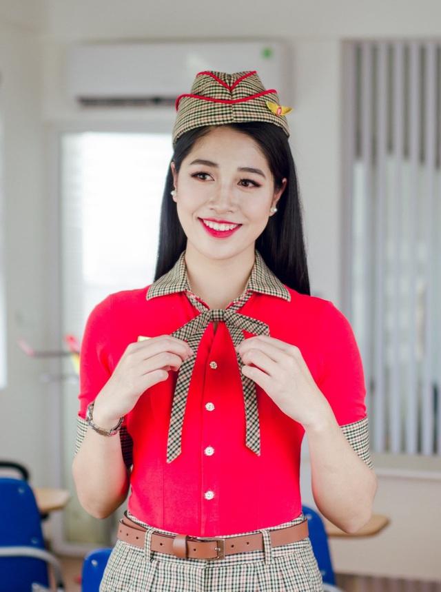 Vẻ ngoài xinh đẹp của nữ tiếp viên hàng không vào chung kết HHVN 2020 - Ảnh 4.