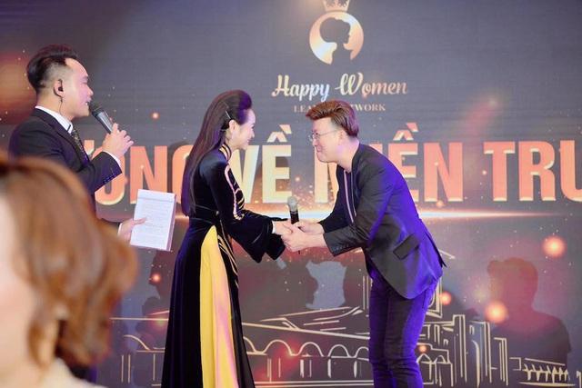 Bùi Thanh Hương – Người phụ nữ dành cả thanh xuân cho hoạt động cộng đồng - Ảnh 4.