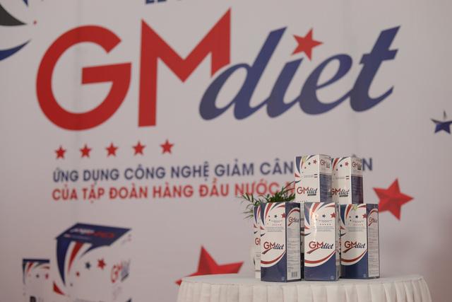 Hương Giang hỏi Mai Phương Thuý cách giảm cân cấp tốc và câu trả lời là TPBVSK GM Diet - Ảnh 2.