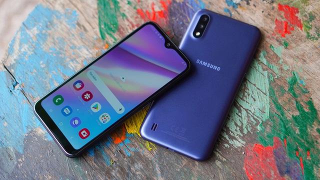 Dễ dàng sắm Samsung Galaxy A01, smartphone phổ thông đáng sở hữu tại Thế Giới Di Động - ảnh 1