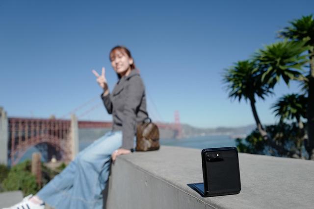 """Chỉ thêm khả năng """"gập"""" nhưng Galaxy Z Flip đã thay đổi hoàn toàn cách chúng ta nhìn nhận về điện thoại như thế nào? - Ảnh 5."""