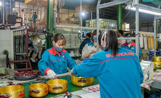SUNHOUSE chủ động năng lực sản xuất để tiếp sức cho cộng đồng - Ảnh 1.