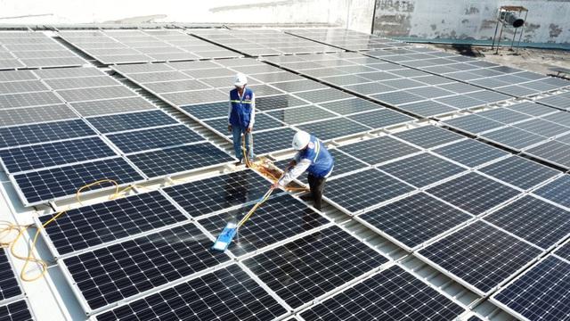 Song song giảm giá điện, Chính phủ đồng thời có những cơ chế khuyến khích phát triển điện mặt trời tại Việt Nam - Ảnh 2.