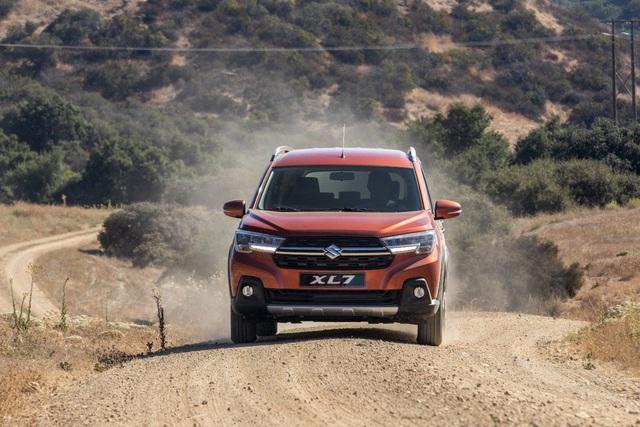 Lộ diện Suzuki XL7 hoàn toàn mới: Hứa hẹn soán ngôi vương trong phân khúc SUV 7 chỗ - Ảnh 2.