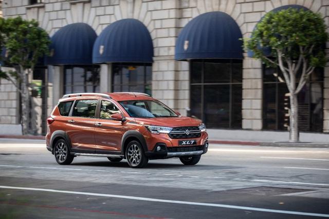 Lộ diện Suzuki XL7 hoàn toàn mới: Hứa hẹn soán ngôi vương trong phân khúc SUV 7 chỗ - Ảnh 3.