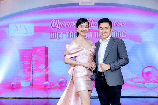 Nam ca sĩ Trịnh Thăng Bình bất ngờ xuất hiện trong đêm dạ tiệc Queens Masterpiece – Kiệt tác của Nữ Hoàng - Ảnh 5.