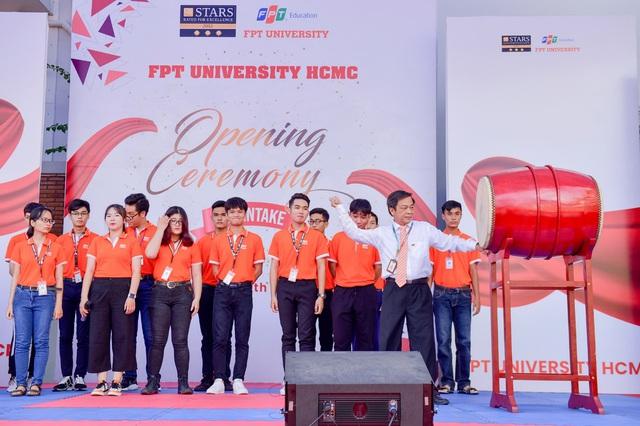 Tuyển thí sinh top đầu, ĐH FPT khai giảng sớm - Ảnh 3.