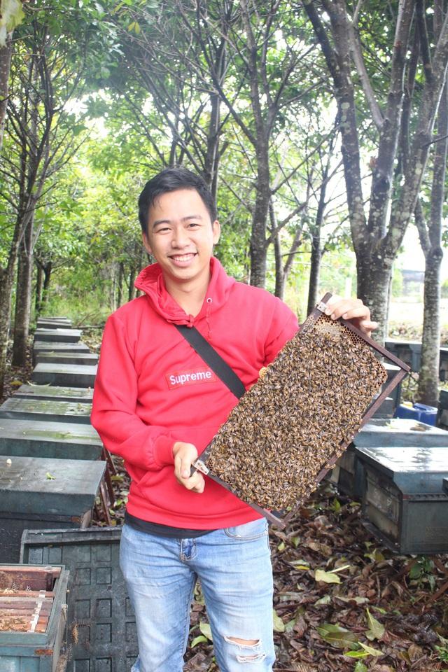 Đưa đặc sản mật ong lên sàn TMĐT, hai anh em bán hết 4 tấn chỉ trong 1 tháng - Ảnh 2.
