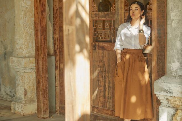 Bắt gặp mẹ con Á hậu Tú Anh và loạt sao Việt shopping trong triển lãm thời trang - Ảnh 7.
