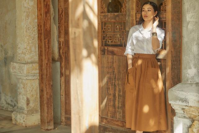 Bắt gặp mẹ con Á hậu Tú Anh và loạt sao Việt shopping trong triển lãm thời trang - Ảnh 8.