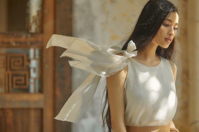 Bắt gặp mẹ con Á hậu Tú Anh và loạt sao Việt shopping trong triển lãm thời trang - Ảnh 9.
