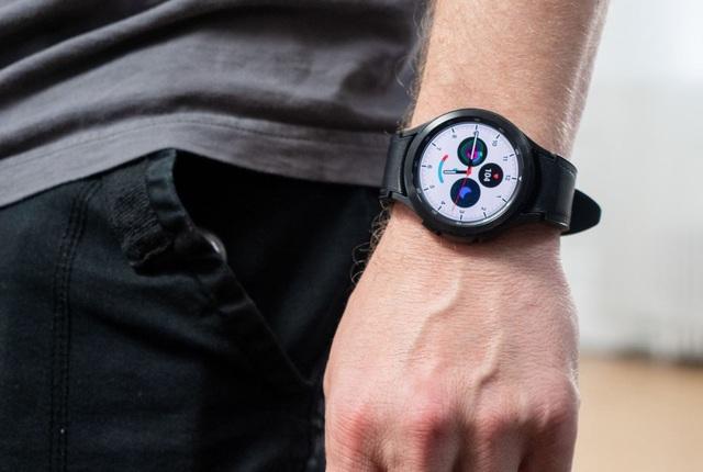 Vì sao nói Galaxy Watch4 là chiếc đồng hồ vừa thông minh lại hợp thời trang - Ảnh 2.
