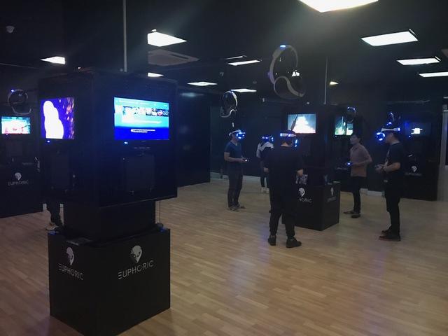 Lần đầu tiên xuất hiện phòng game thực tế ảo tại TP.HCM