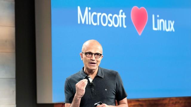 Satya Nadella, với tư duy cởi mở đang vực dậy tất cả các mảng kinh doanh của Microsoft