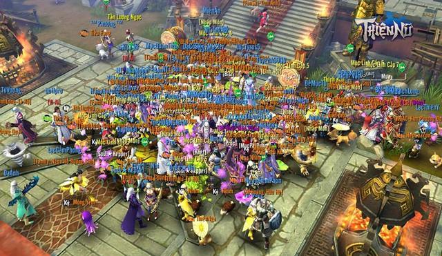 Hình ảnh server đông đúc