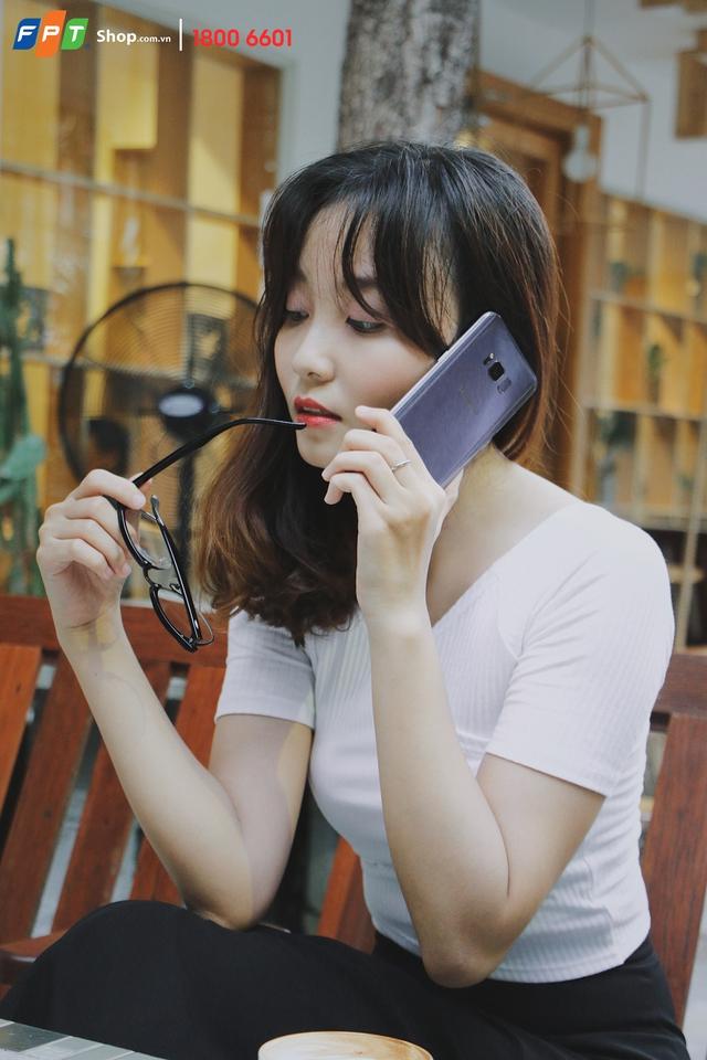 FPT Shop tài trợ 100% lãi suất trả góp cho smartphone tràn màn hình thời thượng - Ảnh 2.