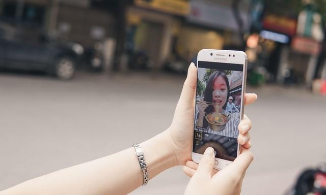 Không cần Photoshop, đây là cách bạn làm avatar Facebook như dân chụp ảnh chuyên nghiệp - Ảnh 1.