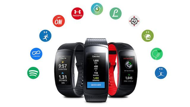 3000 giao diện mặt đồng hồ, hệ thống Apps phong phú - Gear Fit2 Pro dễ dàng được cá nhân hóa để phù hợp với lối sống và phong cách của người dùng