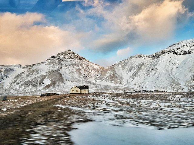 Thả hồn theo vẻ đẹp của Iceland - thiên đường của Châu Âu - Ảnh 5.