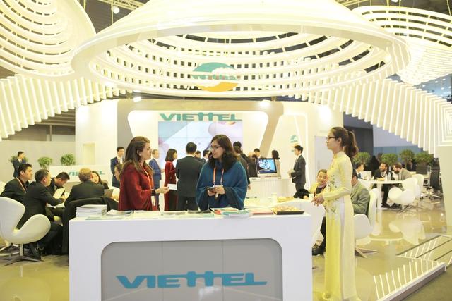 Viettel đem đến MWC 2018 những sản phẩm công nghệ 4.0 vượt xa sự mong đợi của đối tác - Ảnh 1.