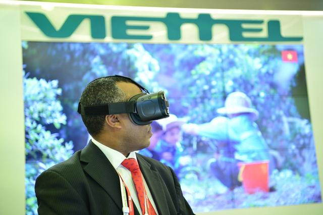 Viettel đem đến MWC 2018 những sản phẩm công nghệ 4.0 vượt xa sự mong đợi của đối tác - Ảnh 10.