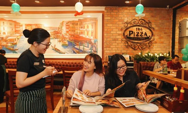 Câu chuyện về thương hiệu Pizza có tốc độ tăng trưởng đầy mạnh mẽ tại Việt Nam - Ảnh 2.