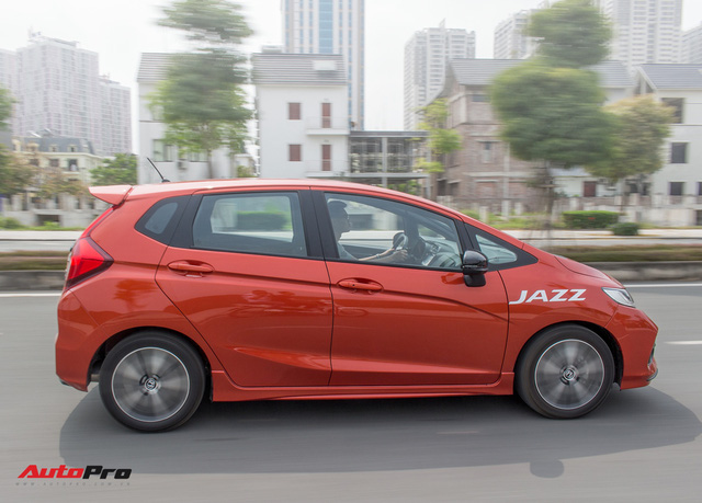 """Đánh giá Honda Jazz 2018: Lựa chọn """"vừa túi"""" cho gia đình Việt - Ảnh 16."""