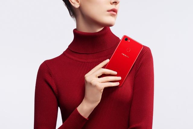 Xu hướng smartphone: Công nghệ hội tụ trong một thiết bị thời trang - Ảnh 4.