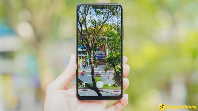 """""""Lộ diện"""" smartphone màn hình """"tai thỏ"""" 5,99 triệu của Vivo do Thế Giới Di Động độc quyền phân phối - Ảnh 1."""